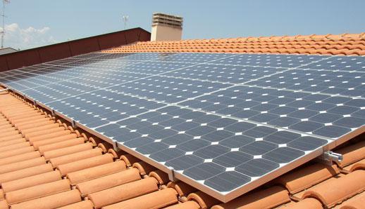 Pannelli solari installazione in condominio - Finestre con pannelli solari ...