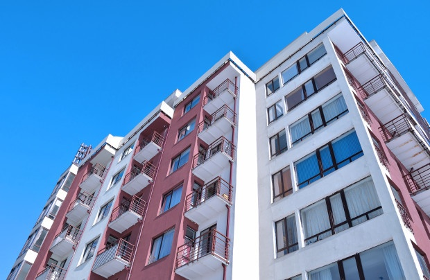 Manutenzione urgente del terrazzo di proprietà esclusiva ...