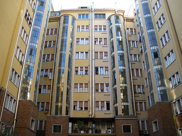 Accesso all\'androne e al terrazzo del condominio - Condominio ...