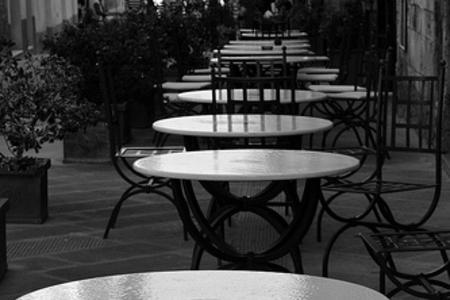 Tavolino Del Bar.Tavolini Del Bar Nell Area Condominiale Decisione Della